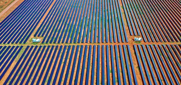 AGL solar farm in Nyngan partly financed by a green bond.